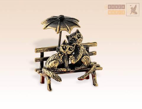 фигурка Кот и Кошечка под зонтиком