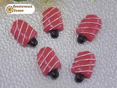 Пластиковый декор Эскимо на палочке малиновое