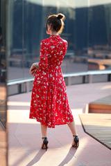 Красное платье воротник стойка интернет магазин