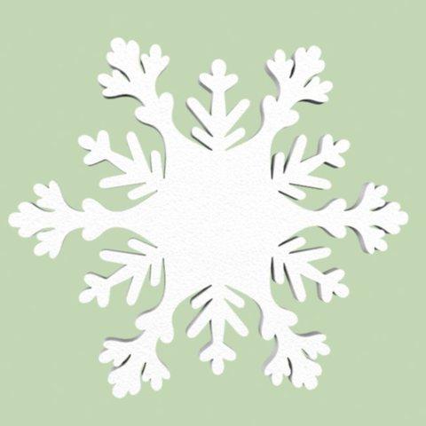 Снежинка из пенопласта.