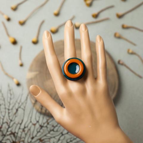 Кольцо круг черное горчица