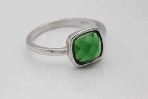 Кольцо с изумрудом из серебра 925
