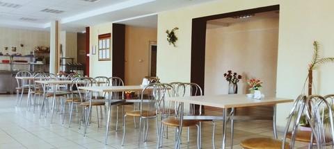 мебель для кафе и столовой