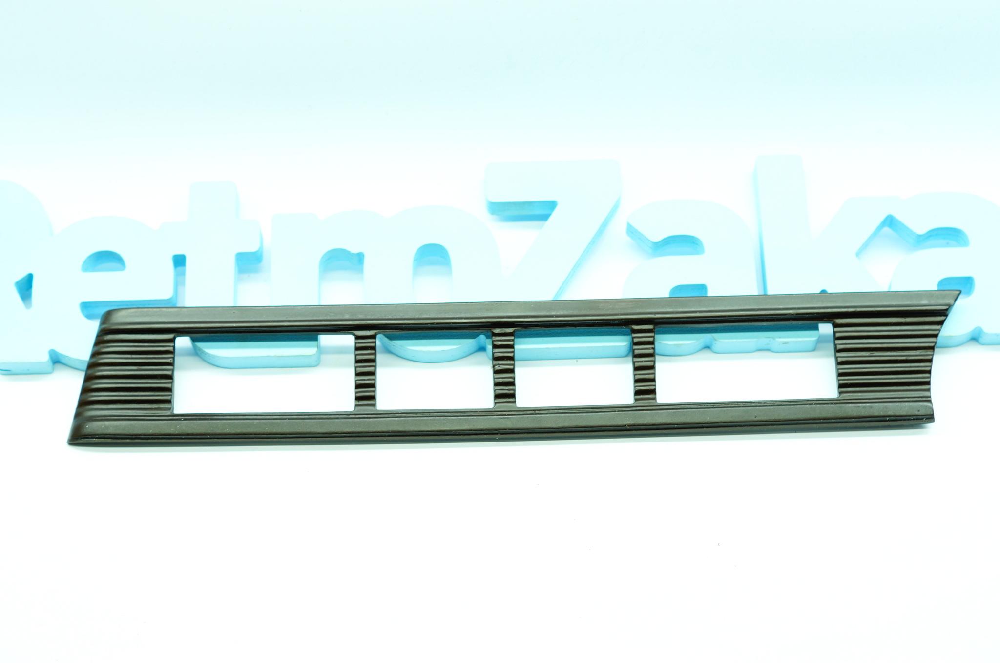 Пластик салона М20