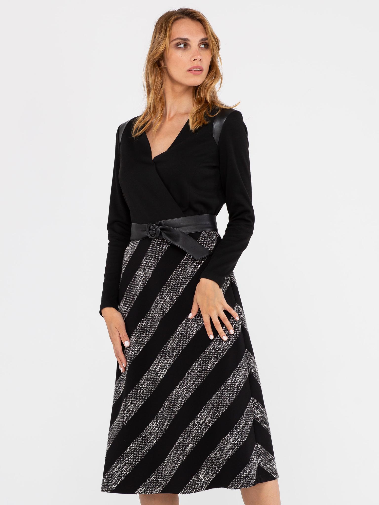 Платье З312-247 - Платье приталенного силуэта, с V - образным вырезом и оригинальными вставками из искусственной кожи на плечах. Верхняя часть выполнена из плотного трикотажа джерси, нижняя часть - из ткани с фактурной полосой. Комплектуется поясом из искусственной кожи.