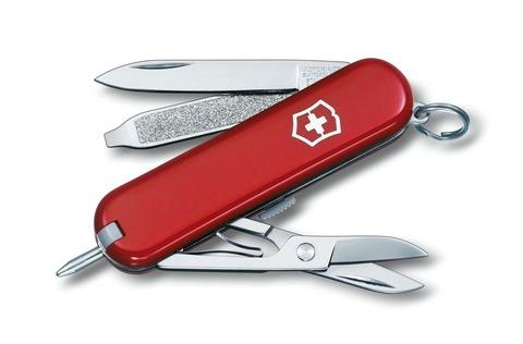 Нож-брелок Victorinox Signature (0.6225) с шариковой ручкой, 7 функций, 58 мм. в сложенном виде | Wenger-Victorinox.Ru