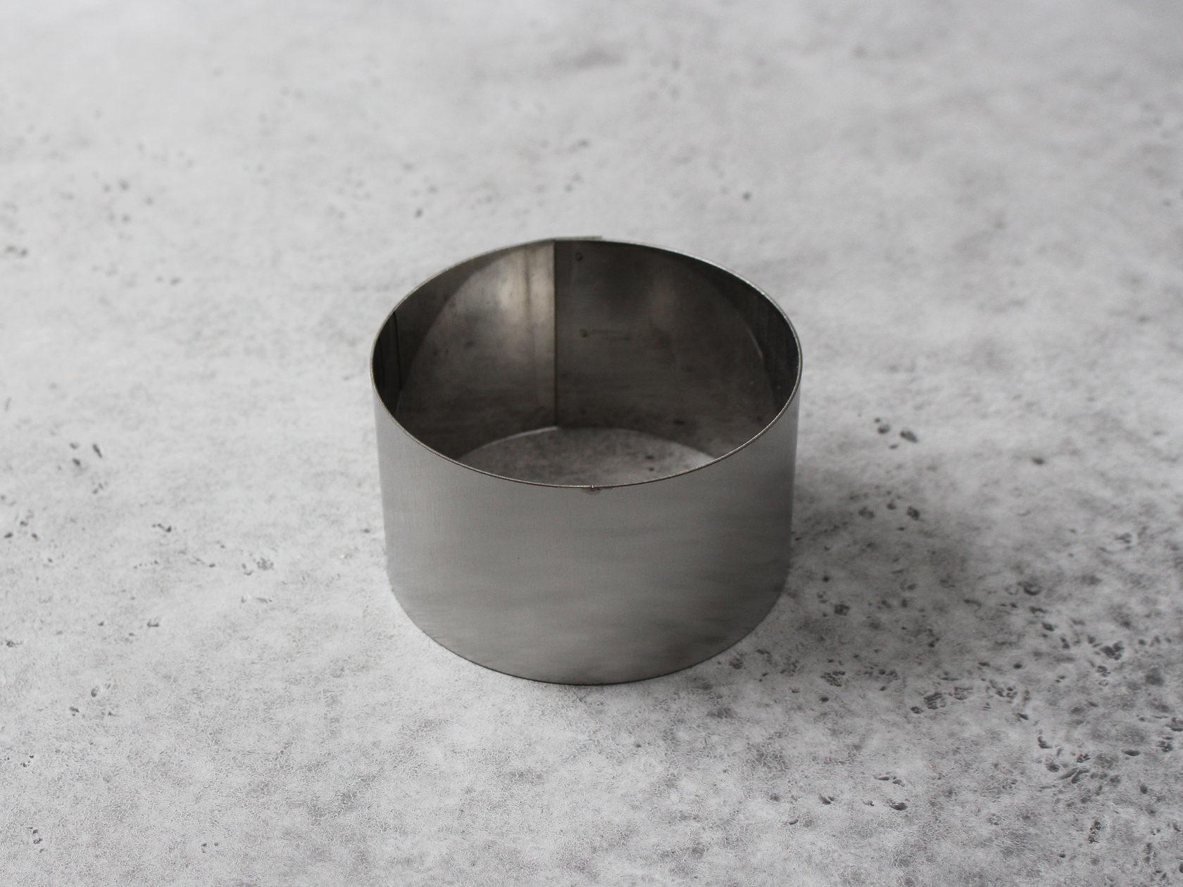 Металлическая форма кольцо, 10х6 см