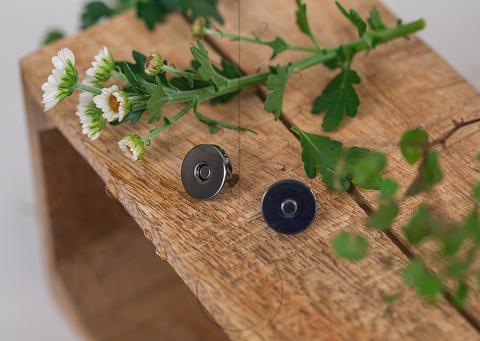 Кнопка магнитная 8,5 мм, 10 мм, 12 мм, 15 мм и 18 мм , 2 цвета