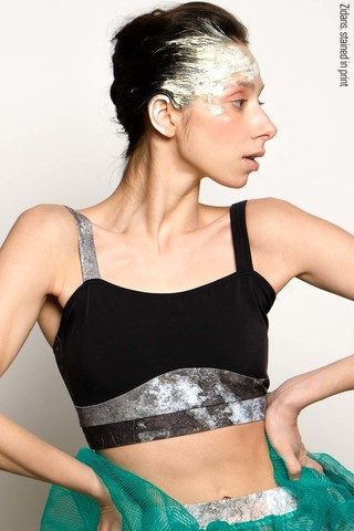 Strap top, stained in print