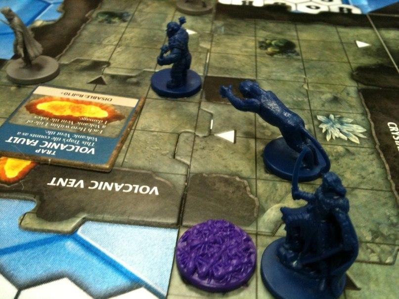 Настольная игра Dungeons and Dragons Board: The Legend of Drizzt ( D&D Легенда о Дзирте)