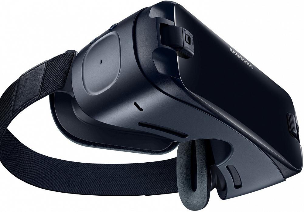 Очки для смартфона Samsung Gear VR с джойстиком SM-R325NZVDSER (+ S10 Series)