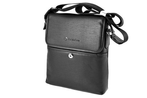Черная сумка мессенджер с регулируемым ремнем