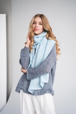 Тканый шарф на шелке ручного крашения, ц. небесно-голубой, р. 60х180 см