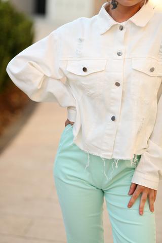 Белая джинсовая куртка оверсайз оптом