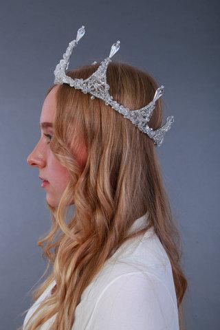 Корона з кришталевих намистин. Крига