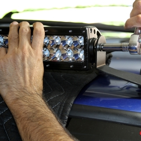 Установка светодиодной балки на Паджеро 4
