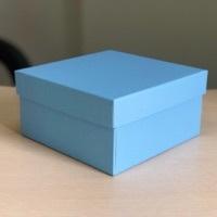 Квадратная коробка 19см .Цвет; Голубой . В розницу 200 рублей