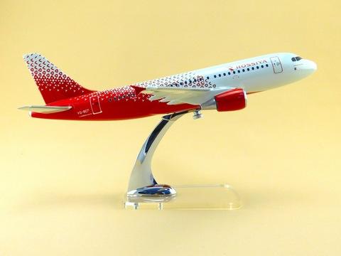 Модель самолета Airbus 319 (М1:100, Россия)