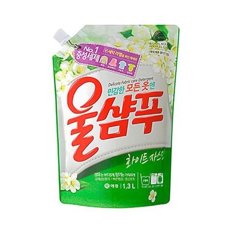 Жидкое средство для стирки деликатных тканей Жасмин Aekyung Wool Shampoo Fresh White Jasmine 1,3 л