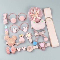 Набор заколок для девочек 18 предметов подарочный