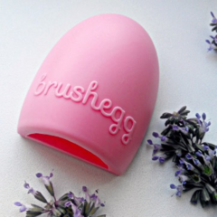 Glambam Brushegg щеточка для очистки кистей