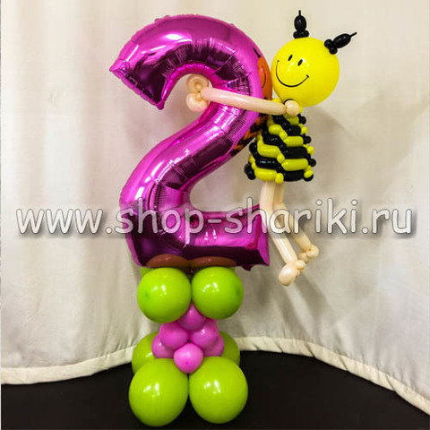 фигура пчелы на цифре