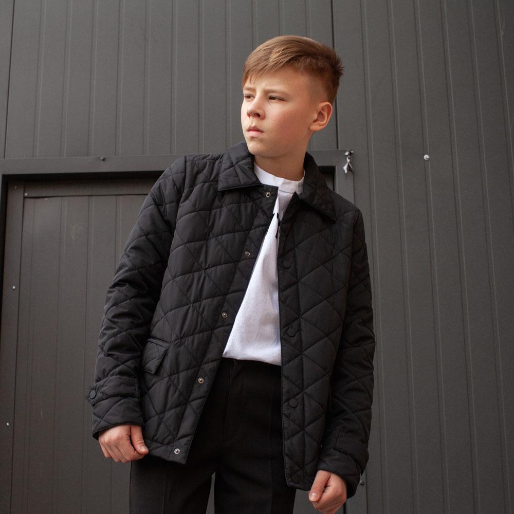 Демисезонная черная куртка на подростка мальчика