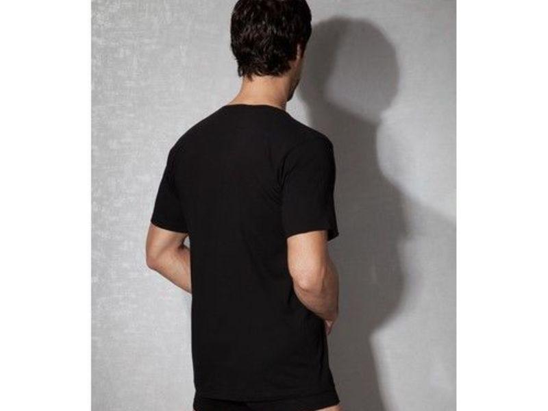 Мужская футболка черная 2510
