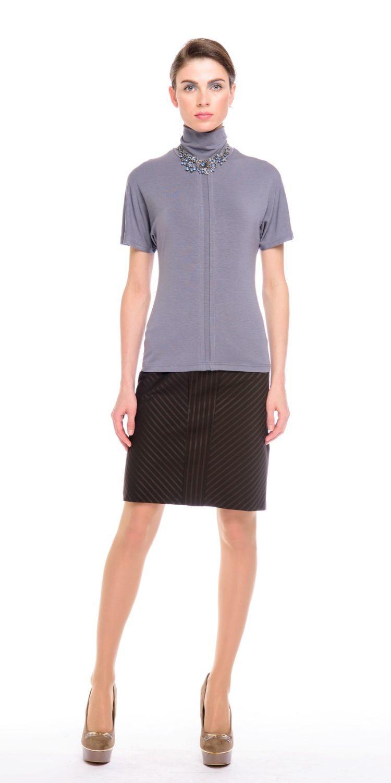 Юбка Б051-377 - Прямая классическая юбка прекрасно сочетается с любым верхом, подойдет как для офиса так и для повседневной жизни.