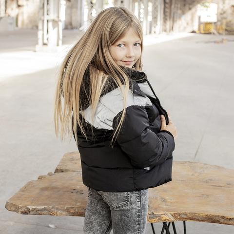 Демисезонная подростковая куртка с светоотражающими вставками Grey girl на девочку