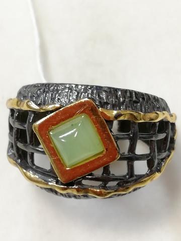 Грида-нефрит (кольцо  из серебра)