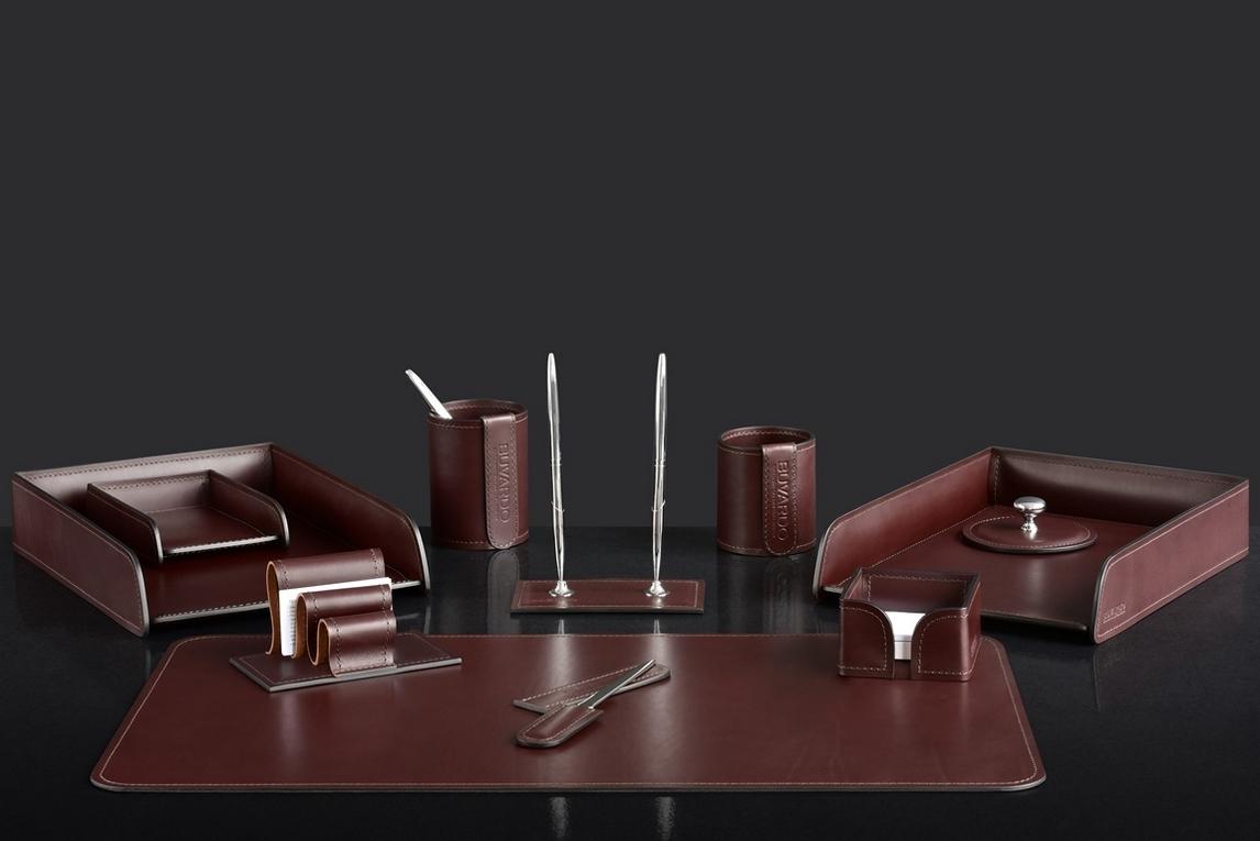 На фото набор на стол руководителя 72517 11 предметов кожа LUX Full Grain цвет