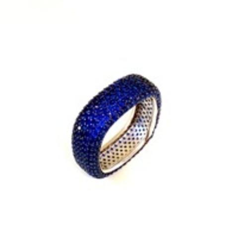 Узкое кольцо-дорожка  из серебра с синими микроцирконами