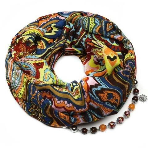 Хлопковый платок с ожерельем