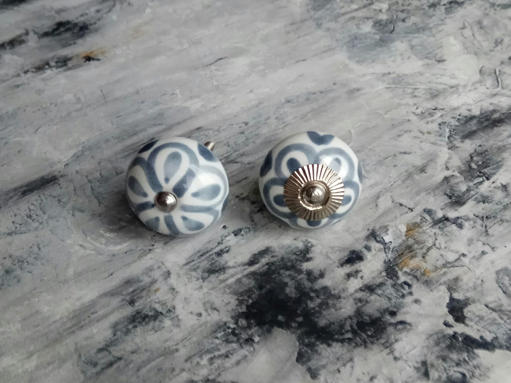 Ручка мебельная керамическая  - темно-серый цветок, арт. 00001219
