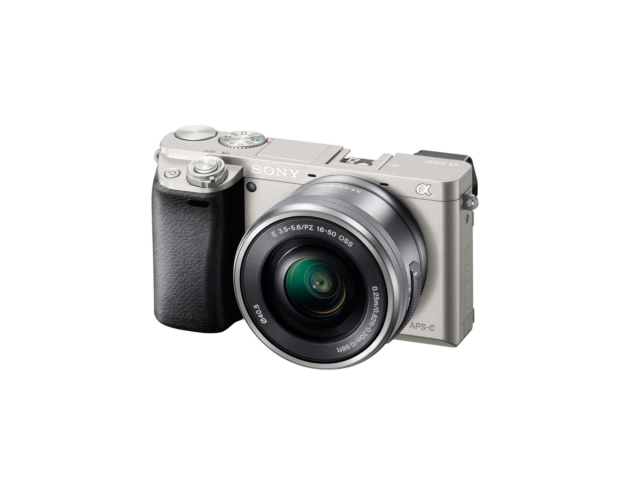 Фотокамера Sony ILCE-6000LS