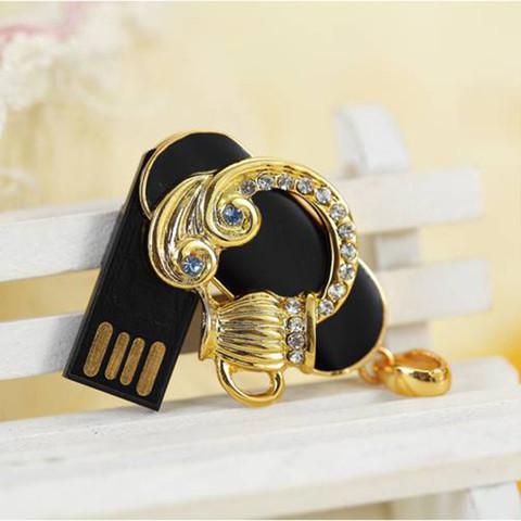 Флешка USB Знак Зодиака со стразами 16 ГБ