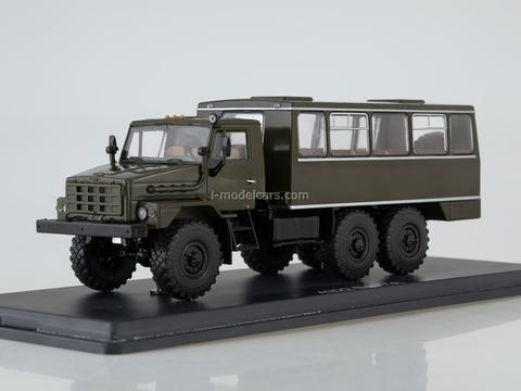 Ural-4322 NZAS-4211 shift work bus khaki 1:43 Start Scale Models (SSM)