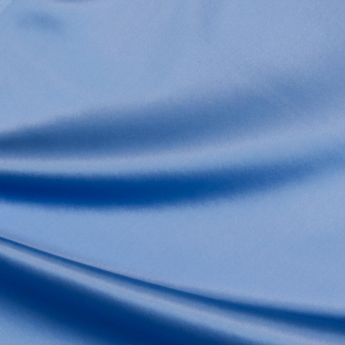 Шелковый стретч-атлас василькового цвета