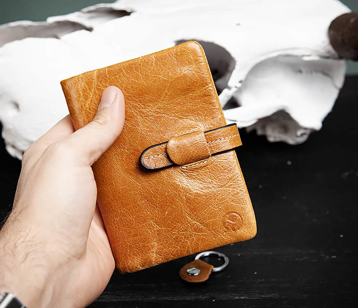 WL245-3 Мужское портмоне из натуральной кожи с ключницей, помещается техпаспорт фото 07