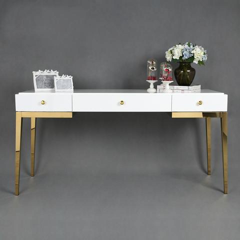 Туалтный столик