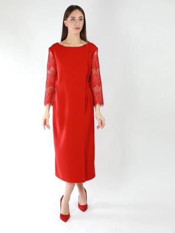 Платье с ассиметричным запахом с рукавами из фактурного кружева