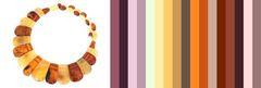 удачные сочетания янтарного колье с цветом одежды