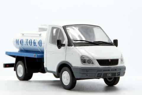 GAZ-3302 Gazelle Milk Delivery Russia 1:43 DeAgostini Service Vehicle #46