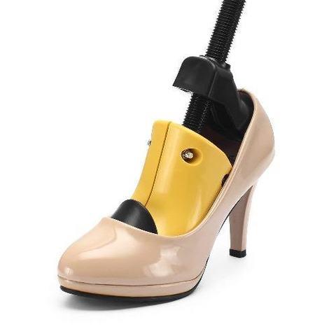 Распорка пластиковая для увеличения размера обуви  на высоком каблуке 1 шт  Saphir  (35-39 размер)