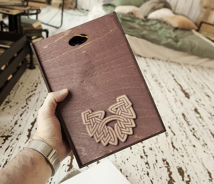 Boroda Design, Большая фиолетовая коробка для упаковки подарков (18*26*7,5 см)