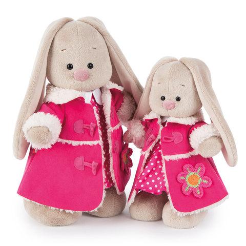 Зайка Ми в розовой дубленке и платье