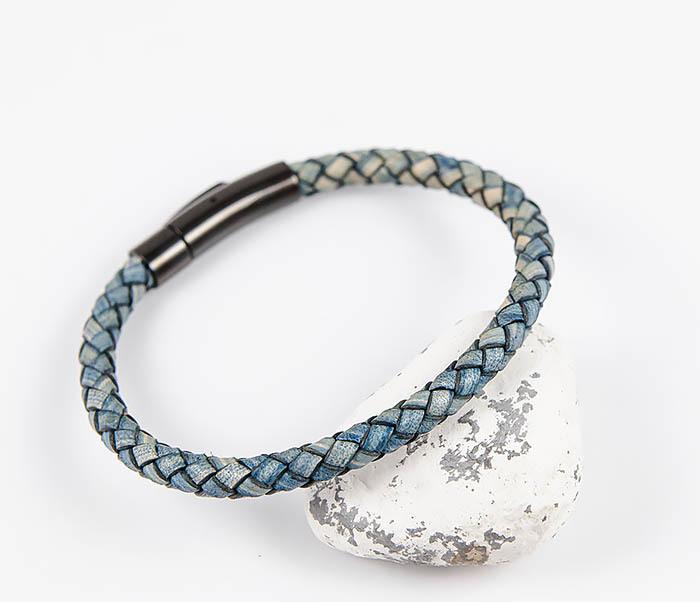 Monzo, Браслет шнур из натуральной кожи голубого цвета dor flinger 00045 11 black df из натуральной кожи черного цвета