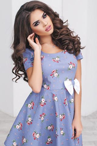 Короткое летнее платье с цветочным принтом 1