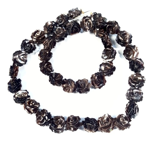 Бусина Розочка 2-х сторонняя резная из темного перламутра